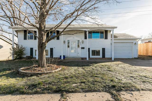 965 S 5th Street, Marion, IA 52302 (MLS #2009067) :: Lepic Elite Home Team