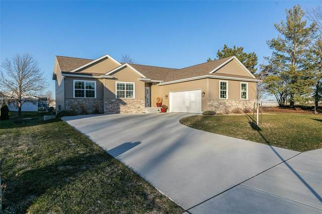 2130 Wolf Creek Trail, Hiawatha, IA 52233 (MLS #2009138) :: The Graf Home Selling Team