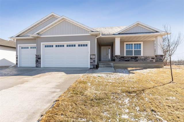 1703 Cottage Ridge Drive, Marion, IA 52302 (MLS #2009385) :: The Graf Home Selling Team
