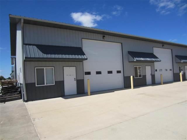 3470 Dolphin Drive SE A&B, Iowa City, IA 52240 (MLS #2100007) :: The Graf Home Selling Team