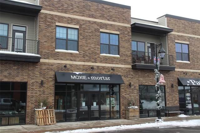 121 W Main Street #204, Solon, IA 52333 (MLS #2100095) :: The Graf Home Selling Team