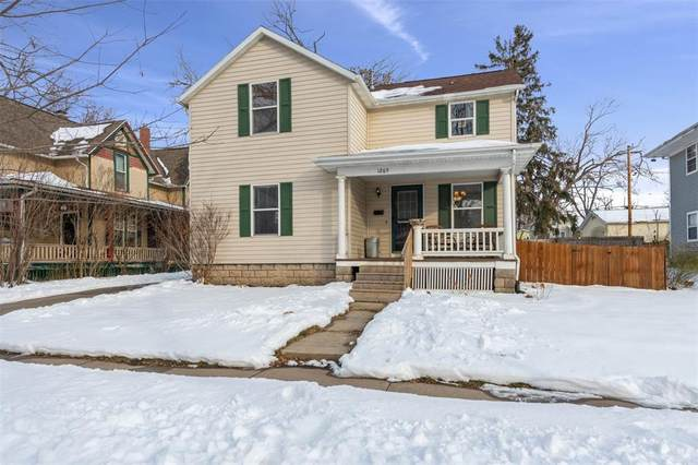 1265 12th St, Marion, IA 52302 (MLS #2100174) :: The Graf Home Selling Team