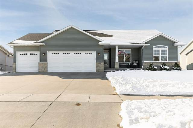 703 Raymond Drive, Solon, IA 52333 (MLS #2100235) :: The Graf Home Selling Team