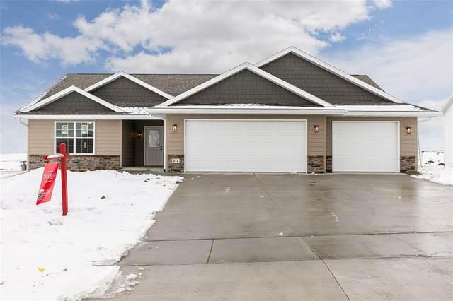 111 Viking Drive, Vinton, IA 52349 (MLS #2100267) :: The Graf Home Selling Team