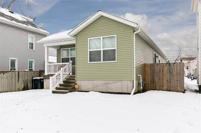 917 F Avenue NW, Cedar Rapids, IA 52405 (MLS #2100299) :: The Graf Home Selling Team