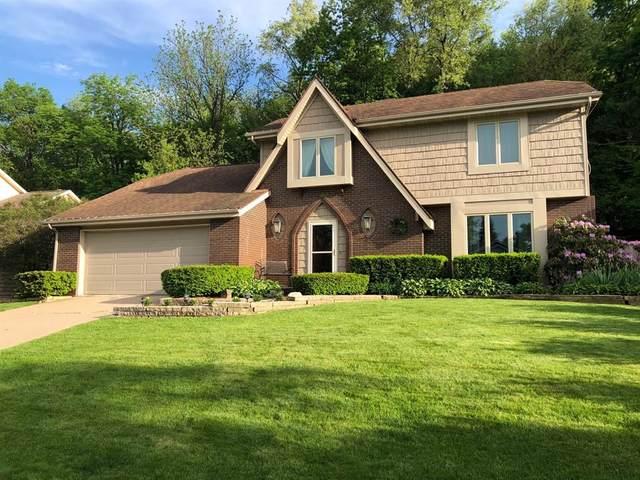 2072 Vista Circle NW, Cedar Rapids, IA 52405 (MLS #2100306) :: The Graf Home Selling Team