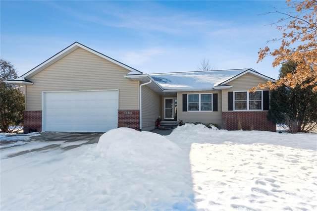 5457 Mercury Avenue, Marion, IA 52302 (MLS #2100384) :: The Graf Home Selling Team