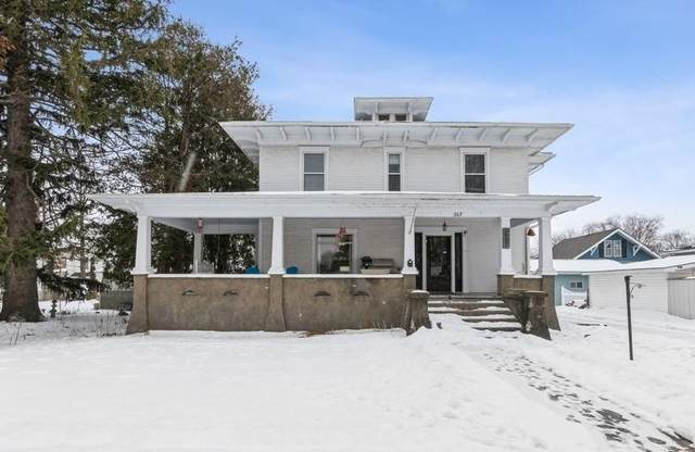 207 3rd Avenue SW, Independence, IA 50644 (MLS #2100411) :: The Graf Home Selling Team