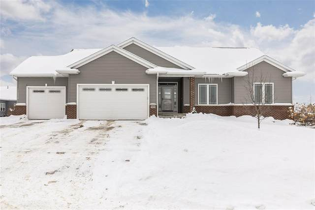 6402 Grant Court SW, Cedar Rapids, IA 52404 (MLS #2100807) :: The Graf Home Selling Team