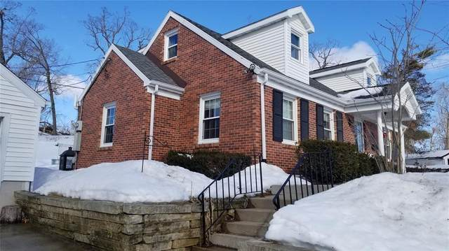 26 Blake Terrace SE, Cedar Rapids, IA 52403 (MLS #2100917) :: Lepic Elite Home Team