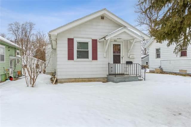 941 Center Point Road NE, Cedar Rapids, IA 52402 (MLS #2101094) :: The Graf Home Selling Team