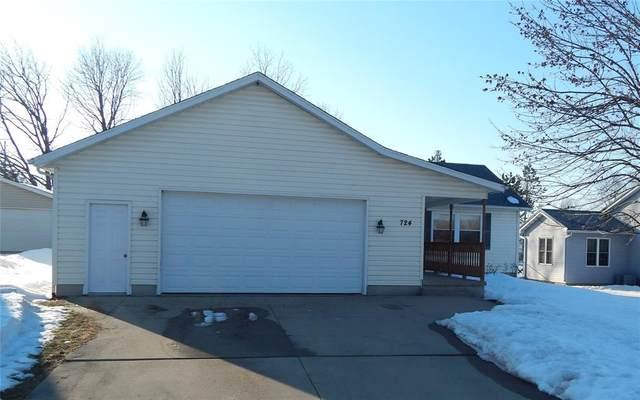 724 Westland Road NW, Cedar Rapids, IA 52405 (MLS #2101096) :: The Graf Home Selling Team
