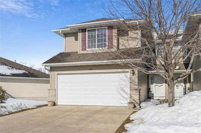 3322 Stoneview Circle SW, Cedar Rapids, IA 52404 (MLS #2101111) :: The Graf Home Selling Team