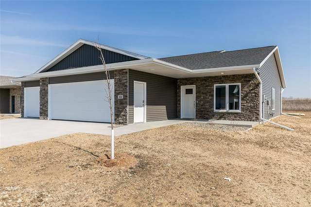 800 Windam Drive, Solon, IA 52333 (MLS #2101315) :: The Graf Home Selling Team