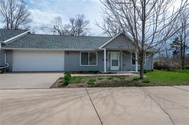 2728 O Avenue NW A, Cedar Rapids, IA 52405 (MLS #2101797) :: The Graf Home Selling Team