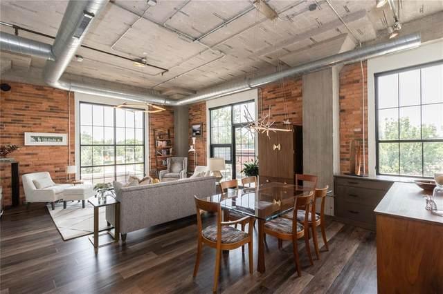 900 2nd Street SE #207, Cedar Rapids, IA 52401 (MLS #2102000) :: The Graf Home Selling Team