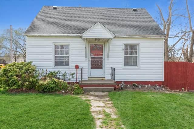 703 34th Street NE, Cedar Rapids, IA 52402 (MLS #2102052) :: The Graf Home Selling Team