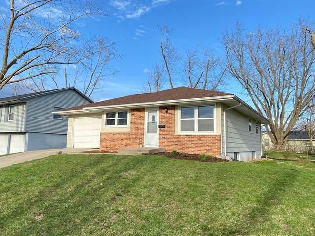 59 Cherry Hill Rd NW, Cedar Rapids, IA 52405 (MLS #2102083) :: Lepic Elite Home Team