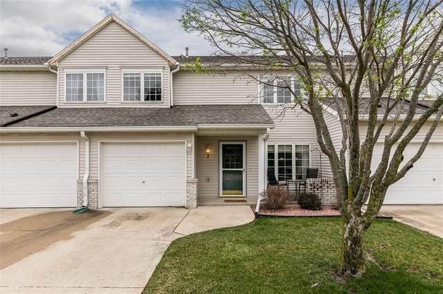 943 74th St. NE #2, Cedar Rapids, IA 52402 (MLS #2102142) :: The Graf Home Selling Team