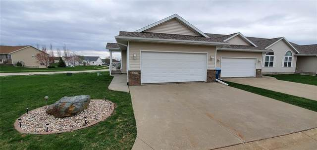 247 Whirlaway Lane, Fairfax, IA 52228 (MLS #2102143) :: The Graf Home Selling Team