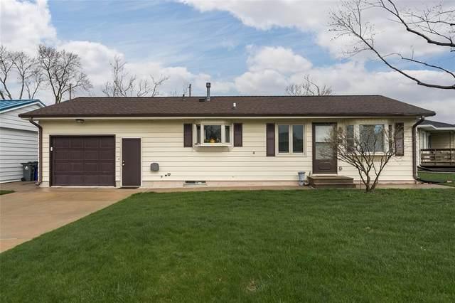 4632 Danbury Street NE, Cedar Rapids, IA 52402 (MLS #2102145) :: The Graf Home Selling Team