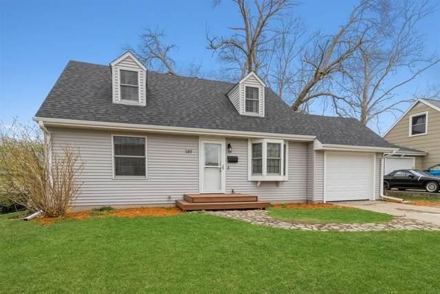 149 Heath NW, Cedar Rapids, IA 52405 (MLS #2102169) :: Lepic Elite Home Team