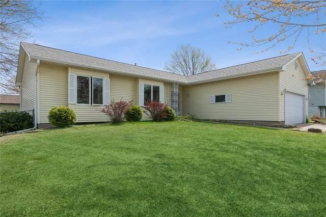 7016 Inwood Court NE, Cedar Rapids, IA 52402 (MLS #2102601) :: The Graf Home Selling Team