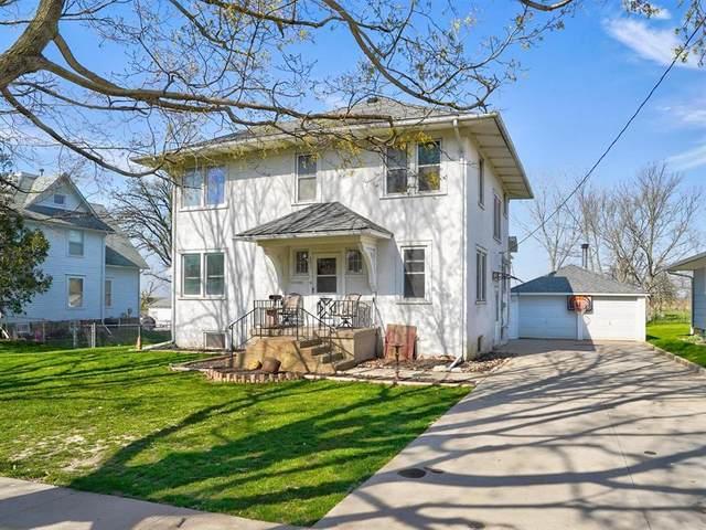 203 N West St, Stanwood, IA 52337 (MLS #2102649) :: The Graf Home Selling Team