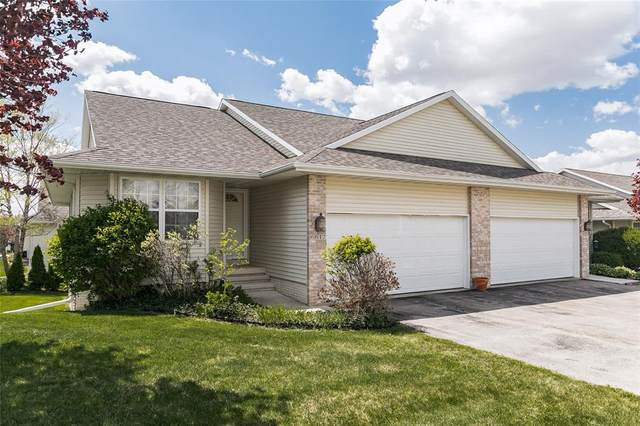 6617 Waterview Drive SW, Cedar Rapids, IA 52404 (MLS #2102703) :: The Graf Home Selling Team
