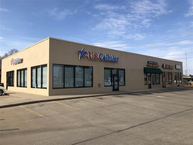 901 S Center St, Marshalltown, IA 50158 (MLS #2102704) :: The Graf Home Selling Team