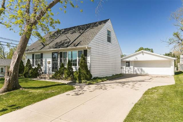 120 Heath Street NW, Cedar Rapids, IA 52405 (MLS #2102903) :: The Graf Home Selling Team