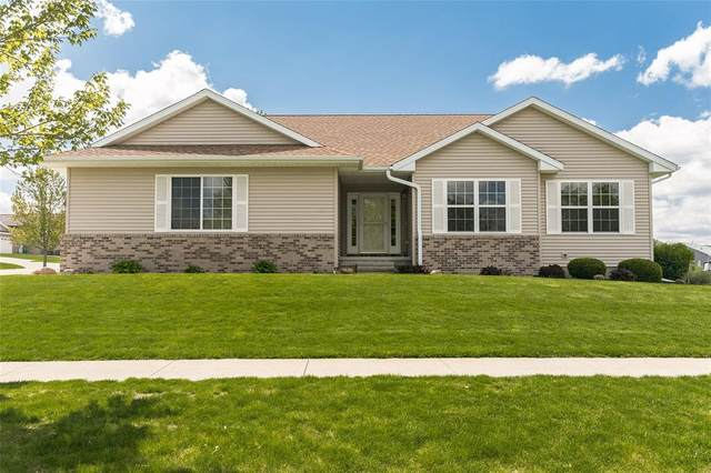2150 Hillside Dr, Ely, IA 52227 (MLS #2102941) :: The Graf Home Selling Team