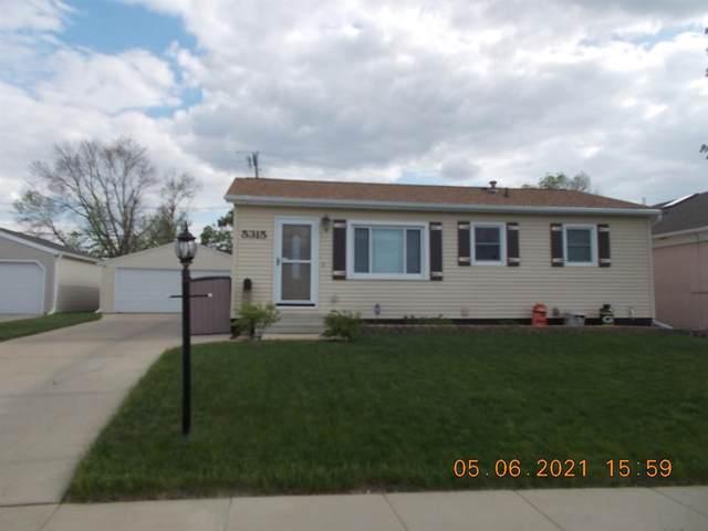 5315 E Avenue NW, Cedar Rapids, IA 52405 (MLS #2102963) :: The Graf Home Selling Team