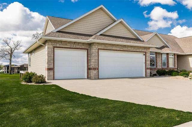 4217 Par Circle, Marion, IA 52302 (MLS #2102969) :: The Graf Home Selling Team