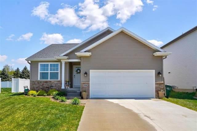 8908 Grand Oaks NE, Cedar Rapids, IA 52402 (MLS #2102996) :: The Graf Home Selling Team