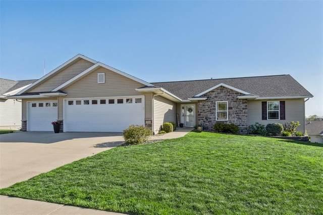 5006 Hay Field Court SW, Cedar Rapids, IA 52404 (MLS #2103018) :: The Graf Home Selling Team