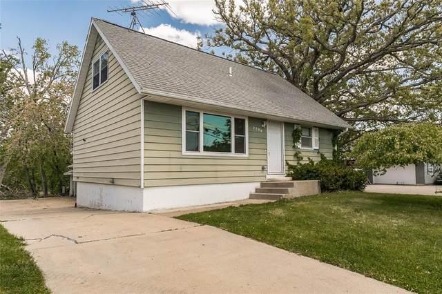 2320 Coldstream Avenue NE, Cedar Rapids, IA 52402 (MLS #2103050) :: The Graf Home Selling Team