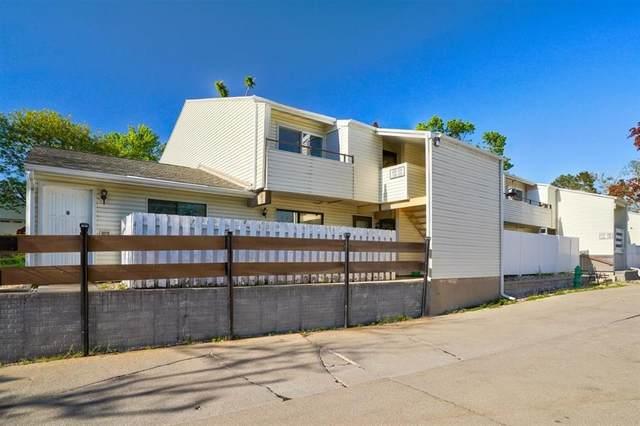 2955 Bowling St SW #134, Cedar Rapids, IA 52404 (MLS #2103101) :: The Graf Home Selling Team