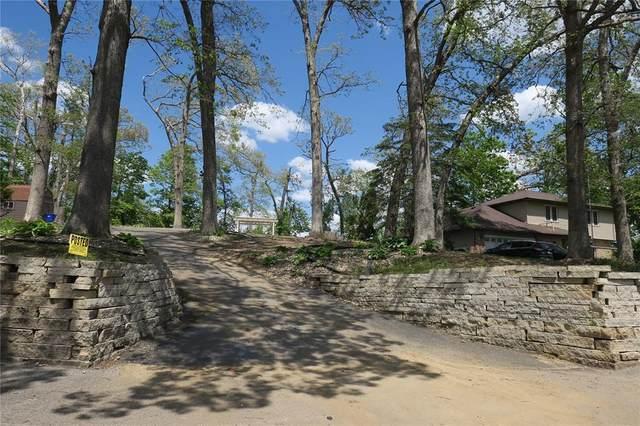 3512 Olde Hickory Lane NW, Cedar Rapids, IA 52405 (MLS #2103105) :: The Graf Home Selling Team