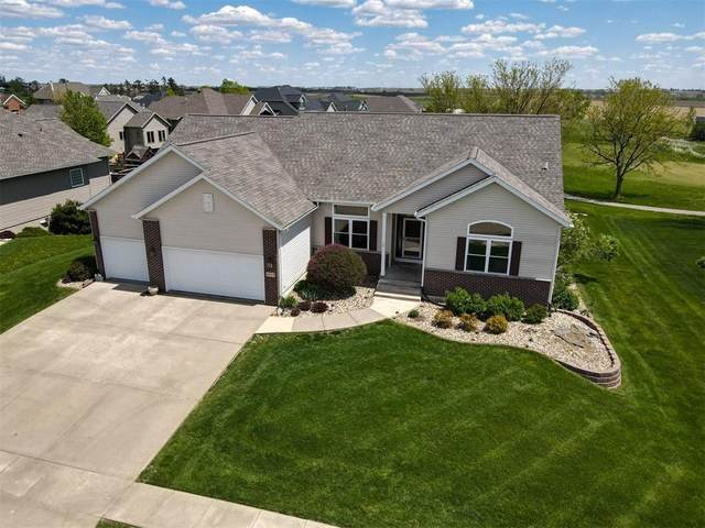 5855 Woodbridge Crest, Marion, IA 52302 (MLS #2103130) :: The Graf Home Selling Team