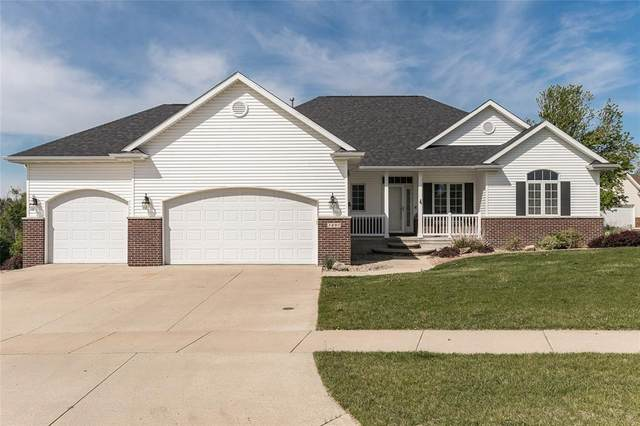 3490 Cottonwood Lane, Marion, IA 52302 (MLS #2103135) :: The Graf Home Selling Team