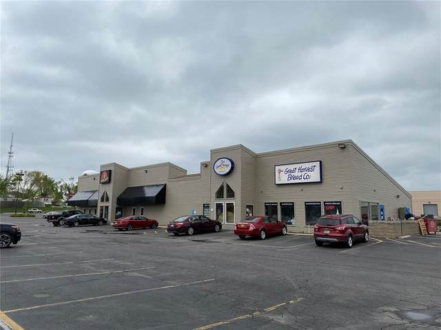 5070 Lindale Drive NE, Cedar Rapids, IA 52402 (MLS #2103164) :: The Graf Home Selling Team
