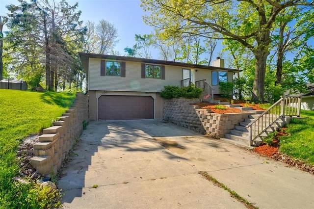 1509 Hidden Hollow Ln Nw, Cedar Rapids, IA 52405 (MLS #2103166) :: The Graf Home Selling Team