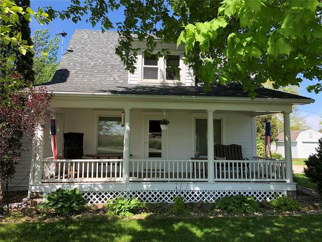 5505 32nd Avenue, Center Point, IA 52213 (MLS #2103246) :: The Graf Home Selling Team