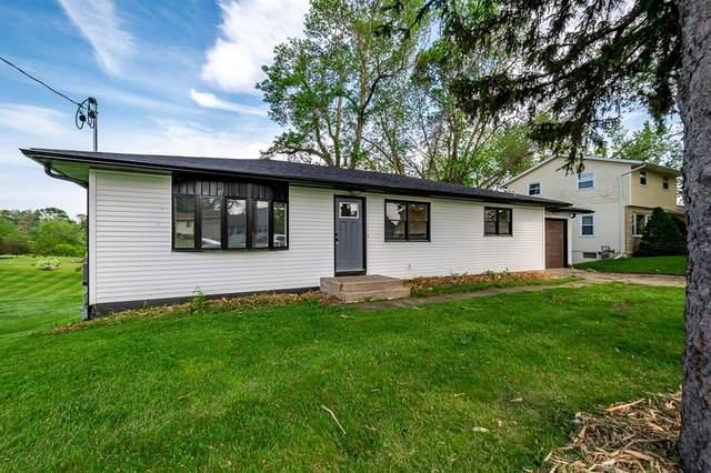 115 N Sales Avenue, Anamosa, IA 52205 (MLS #2103481) :: The Graf Home Selling Team