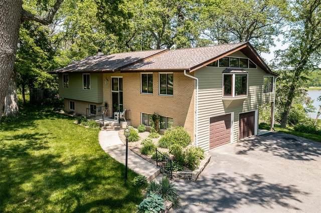 3068 Oakridge Road, North Liberty, IA 52317 (MLS #2103746) :: The Graf Home Selling Team