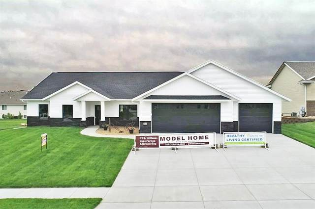 4375 Rec Drive, Marion, IA 52302 (MLS #2103756) :: The Graf Home Selling Team