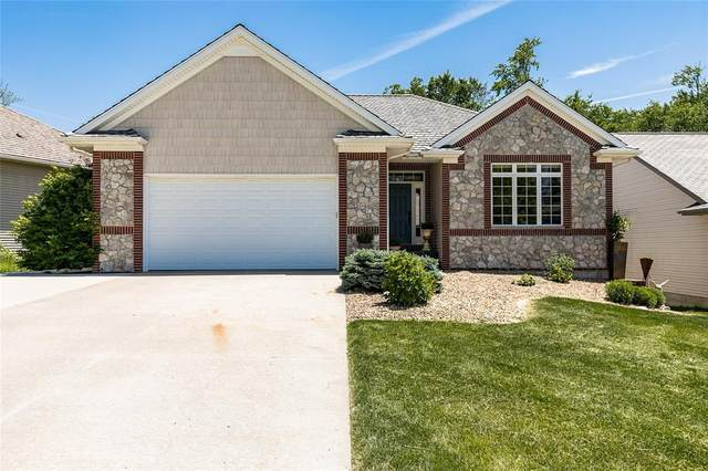 2048 Dempster Drive, Coralville, IA 52241 (MLS #2103787) :: The Graf Home Selling Team