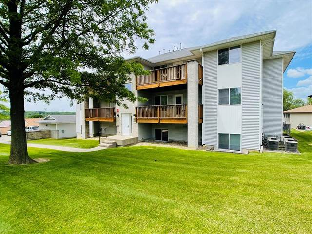 876 Boston Way #10, Coralville, IA 52241 (MLS #2103797) :: The Graf Home Selling Team