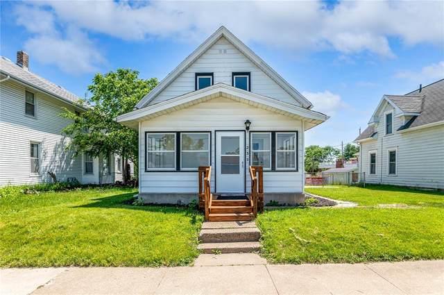 235 13th Street NW, Cedar Rapids, IA 52405 (MLS #2103800) :: The Graf Home Selling Team